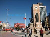 トルコ軍クーデターの影響はいかに?本日のタクシム広場の様子@2016年7月22日